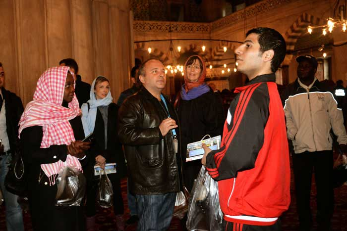 blue mosque with group of un, customized istanbul tour, customized blue mosque tour, private blue mosque tours, private blue mosque tour,